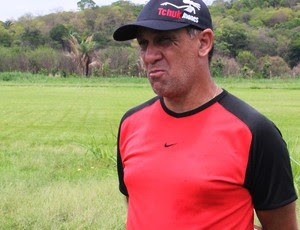 Celso Teixeira teinador do Flamengo-PI (Foto: Náyra Macêdo/GLOBOESPORTE.COM)