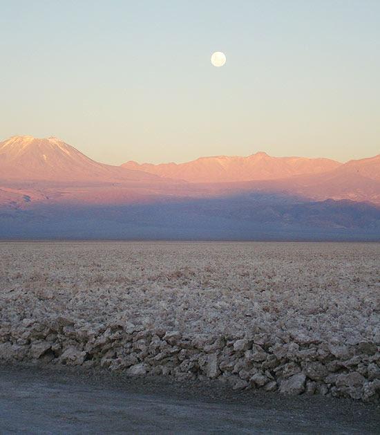 Fim da tarde no salar de Atacama, no Chile