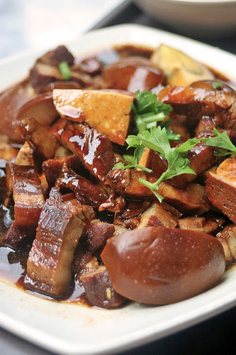 Stewed pork belly, tofu and egg