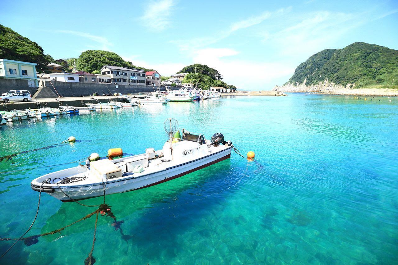 ホントは秘密にしておきたい透明度抜群な高知柏島の海で海水浴
