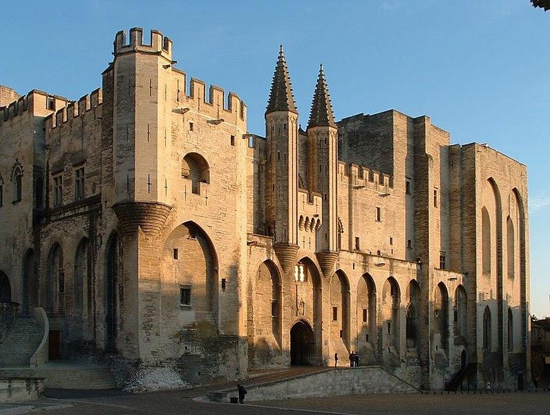 File:Façade du Palais des Papes.jpg