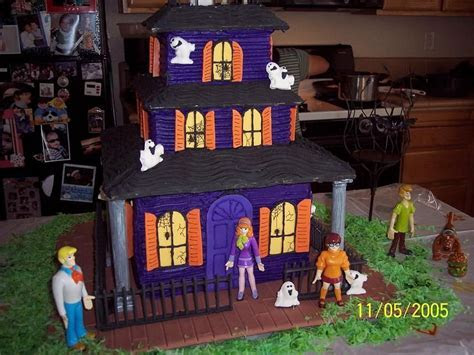 Haunted House Cake   scooby doo haunted house   haunted