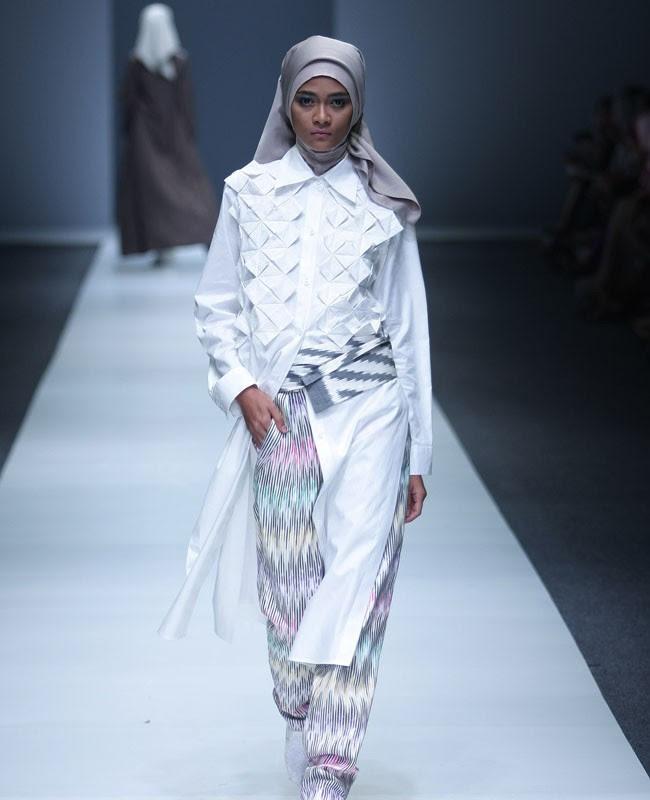 87 Gambar Baju Fashion Show Anak Muslim Terbaik