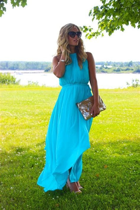 28 Flowy And Feminine Summer Maxi Dresses To Rock