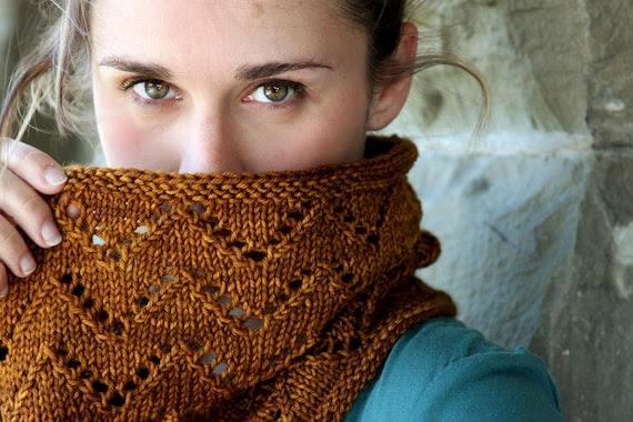 Downton Cowl Chevron Lace Knitting Pattern PDF