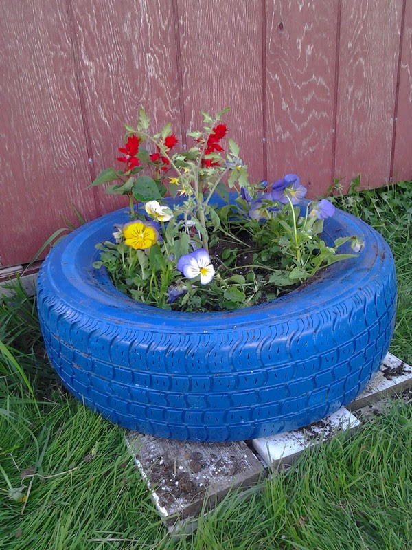 How To Create A Beautiful Outdoor Of Garbage Residue