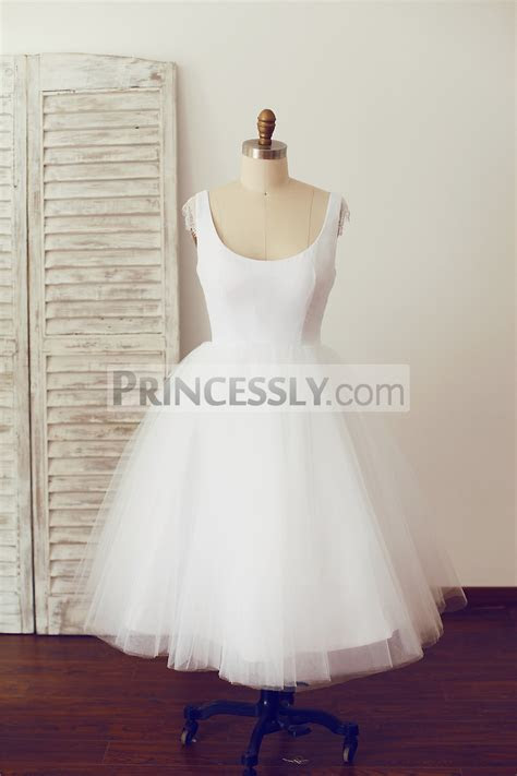 Vintage Scoop Backless Chiffon Tulle Lace Short Tea Length