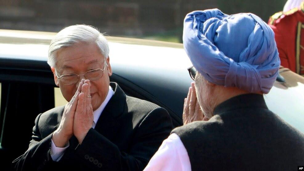 Tổng bí thư Nguyễn Phú Trọng gặp Thủ tướng Ấn Độ trong chuyến thăm năm 2013.
