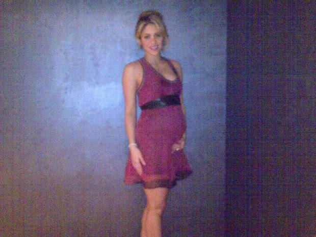 Shakira posta foto grávida (Foto: Reprodução / Facebook)