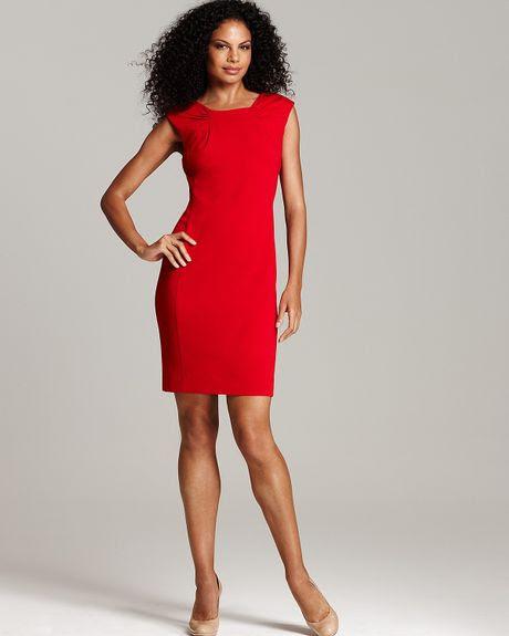 Calvin Klein Pleated Scoopneck Sheath Dress in Red - Lyst