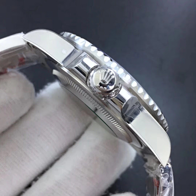Noob Rolex GMT Master II 116710BLNR 4