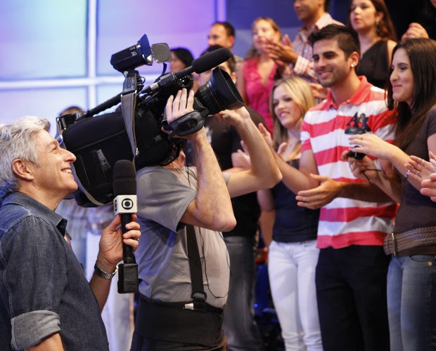Caco Barcellos (Foto: Domingão do Faustão / TV Globo)