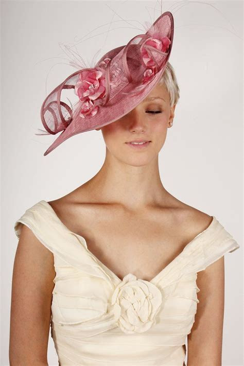 Best 25  Wedding hats and fascinators ideas on Pinterest