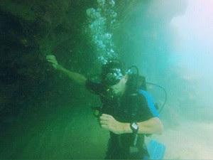 Após o acidente, Genilson volta a mergulhar (Foto: Babienn Veloso/Arquivo pessoal)