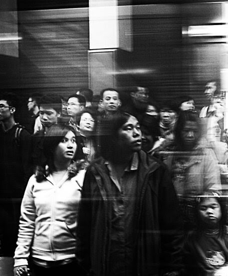 Street Photography: Nathan Rd by Jonathan Russell