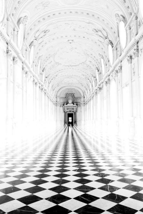 FOLLOW THE CORRIDOR. IS THERE AN END? DOES IT CONTINUE ON FOREVER? OR IS IT JUST AN ILLUSION?
