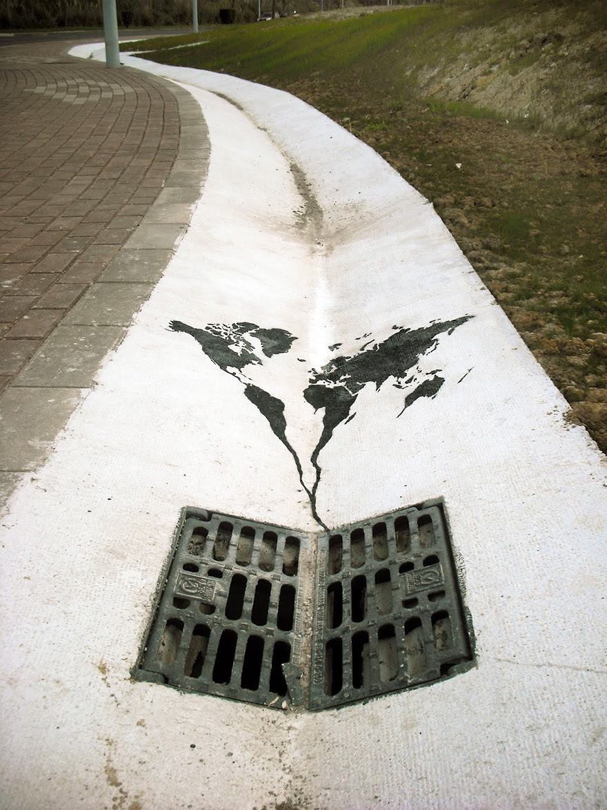 AD-Powerful-Street-Art-Pieces-That-Tell-The-Uncomfortable-Truth-2