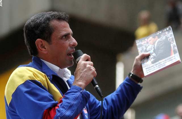 Capriles Radonski se reunió siete horas con la plana mayor de la ultra-derecha venezolana incluyendo personajes del clero, asesores gringos y españoles.