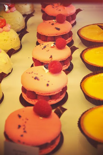 Macaron pastries