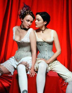 http://www.gearfuse.com/wp-content/uploads/2007/11/lesbian_narrowweb__300x3890.jpg