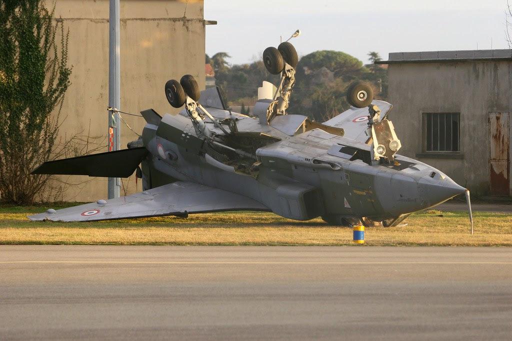 Jaguar SEPECAT emborcado