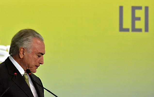 O presidente Michel Temer durante cerimônia de um ano da Lei de Responsabilidade das Estatais, no Palácio do Planalto, nesta quinta