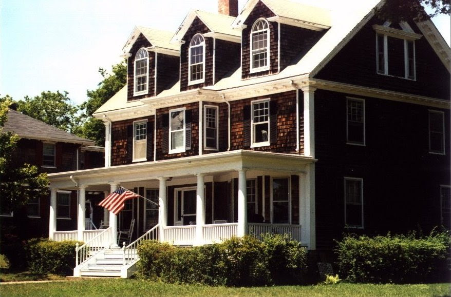 Buy A House With No Money Down & Bad Credit: Cape Cod Style House