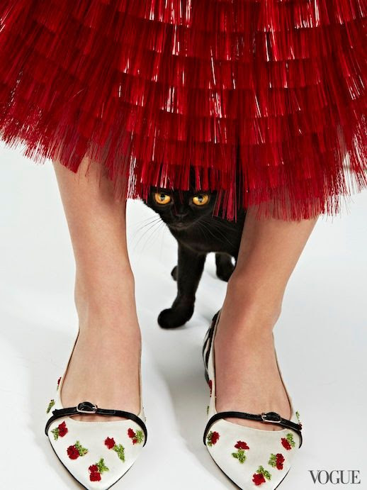 Le Fashion Blog Cats Kittens And Flats Oscar de la Renta Cherry Ballerina Flat Via Vogue photo Le-Fashion-Blog-Cats-And-Flats-Oscar-de-la-Renta-Cherry-Ballerina-Flat-Via-Vogue.jpg