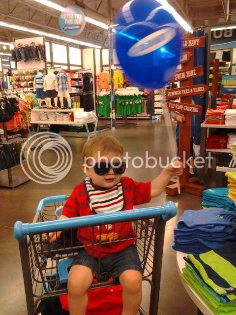 A little day off shopping photo 912702_10201218139159018_101787568_n.jpg