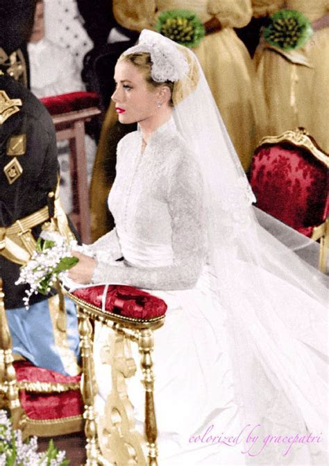 April 1956   Hollywood icon Grace Kelly becomes a real