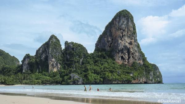 Bersembunyi di pulau Romantis Thailand...
