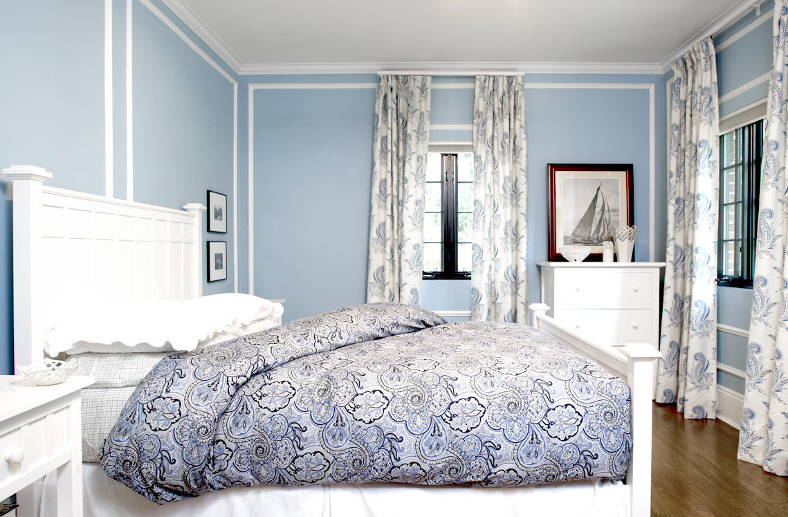 26 Beautiful Examples of Light Blue Walls In A Bedroom - This