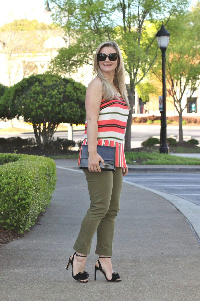 how to wear olive pants in the spring