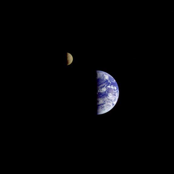 Dec16-1992-galileo-earth-moon