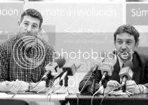 Chano Rodríguez y Santi Domínguez, durante la comparecencia celebrada ayer por la tarde. / Rafa Estévez