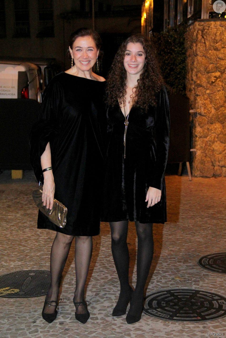 Lilia Cabral e a filha Giulia Figueiredo estiveram no aniversário de Marina Ruy Barbosa
