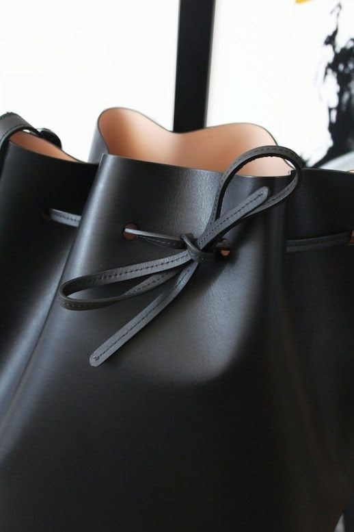 Le Fashion Blog Mansur Gavriel Black Ballerina Interior Bucket Bag Italian Leather The Line Brooklyn Apartment Home Decor Ilatian Detail 2 photo Le-Fashion-Blog-Mansur-Gavriel-Black-Ballerina-Bucket-Bag-TheLine-Brooklyn-Apartment-Home-Decor-Detail-2.jpeg