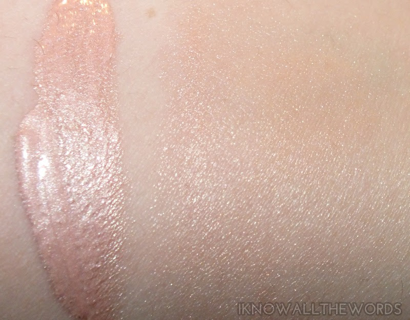 Revlon Photready Skinlights Illuminator- 200 Pink Light (2)