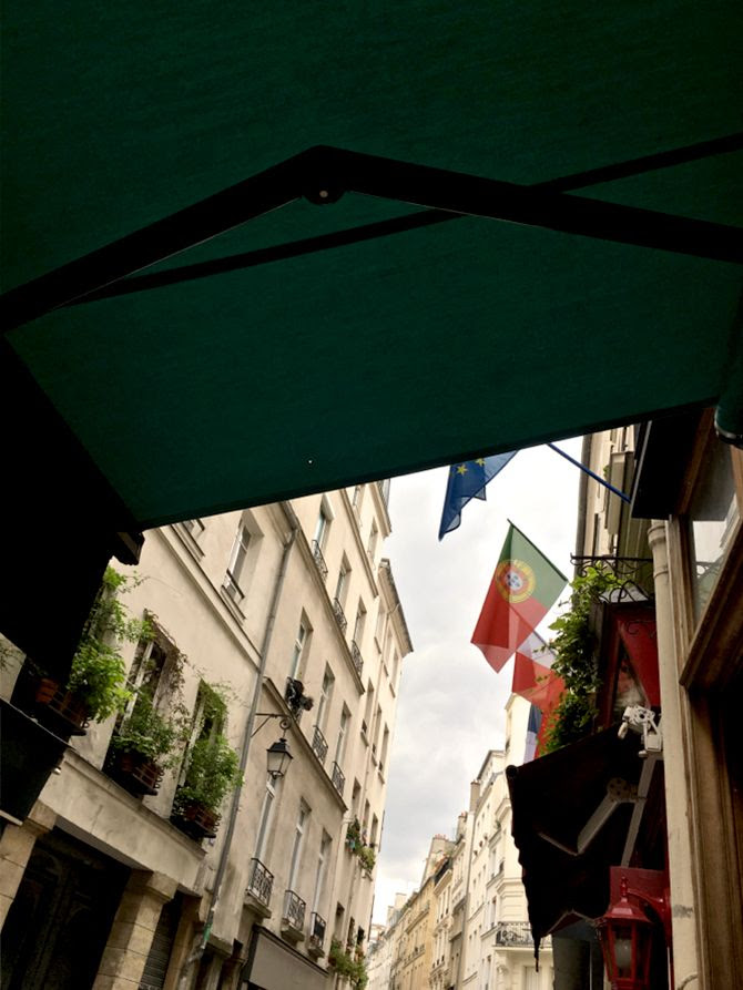 photo 1-Paris-PAL-poulet-adresse-rue tiquetonne_zpsjmmmbscl.jpg