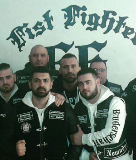 Bruderschaft Fist Fighter