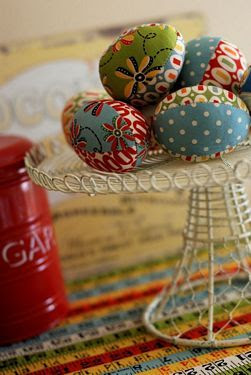 Retro Mama | Fabric Easter Eggs Tutorial