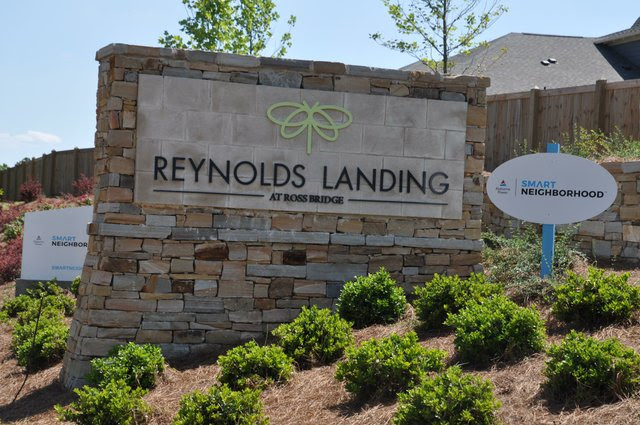 Reynolds Landing sign