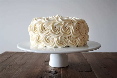 Simple Vanilla Buttercream : Liv for Cake
