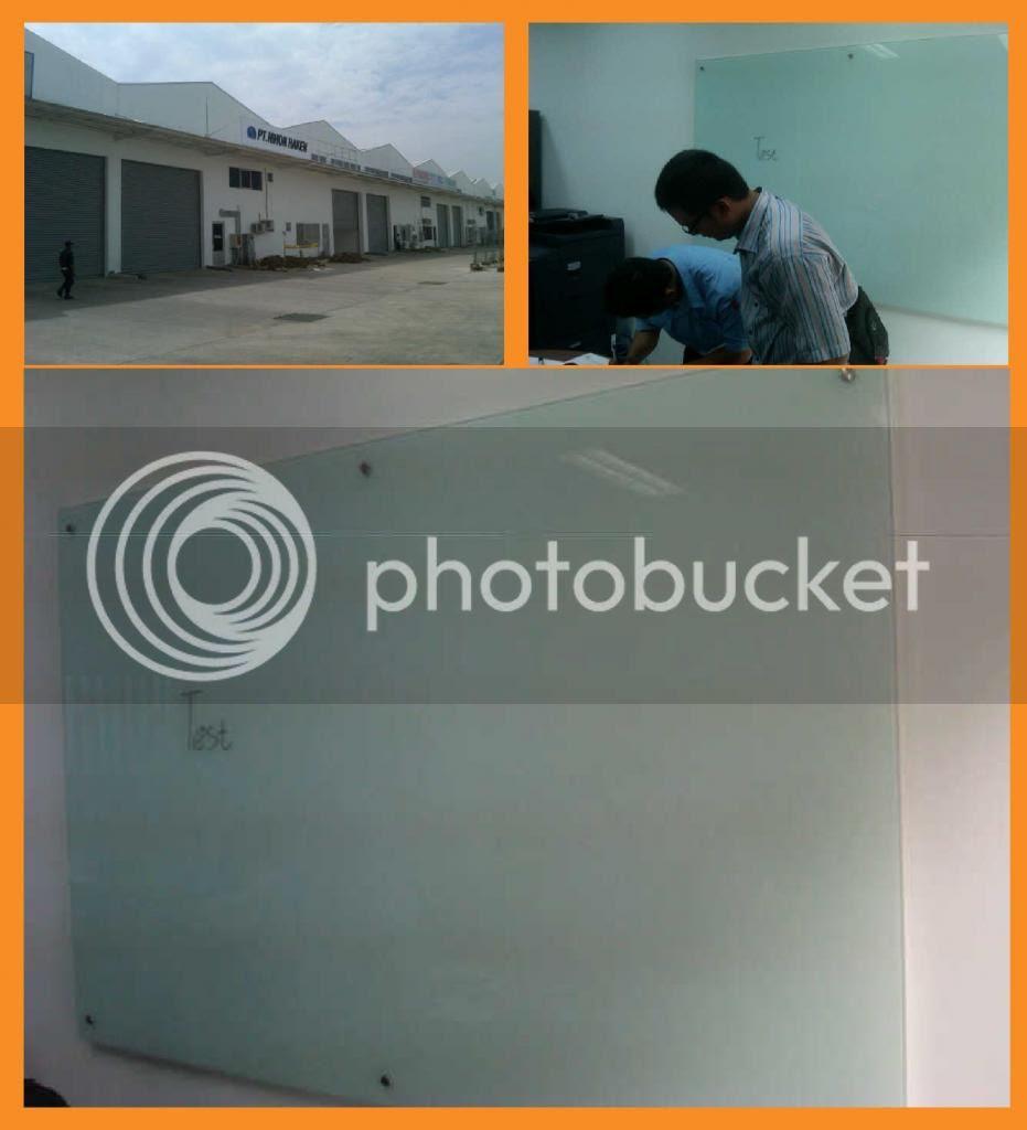 Glassboard 120x180x0.5cm, Background White.