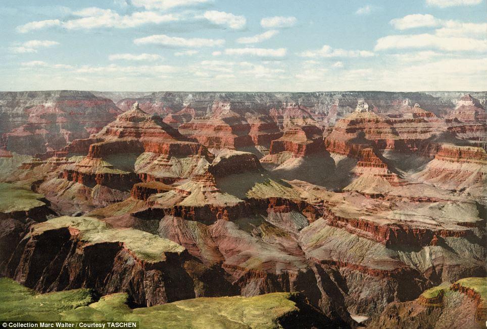 Efeito do arco-íris: O Grand Canyon é mostrada em toda sua glória com verdes, vermelhos e roxos ricos representados pela técnica photochrom