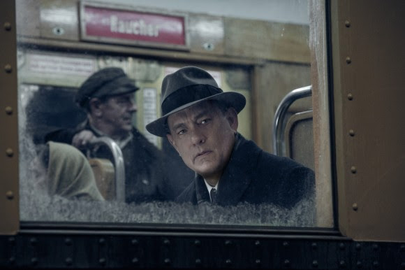 Brooklyn lawyer James Donovan (Tom Hanks) is an ordinary man placed in extraordinary circumstances in DreamWorks Pictures/Fox 2000 Pictures' dramatic thriller BRIDGE OF SPIES, directed by Steven Spielberg.