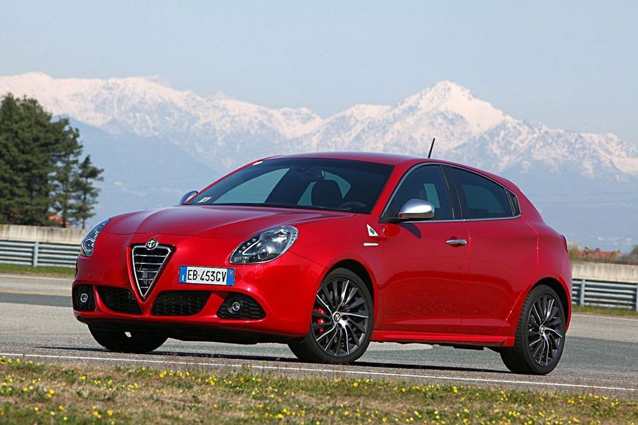 Alfa Romeo Giulietta 1.4 Multiair Turbo Progression :: 5 photos and 51 specs :: autoviva.com