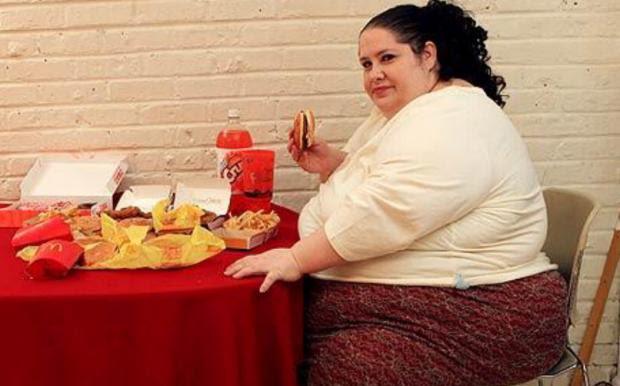 Pesquisa comprova: obesidade faz pessoas desacelerarem ritmo de atividade Barcroft/Reprodução