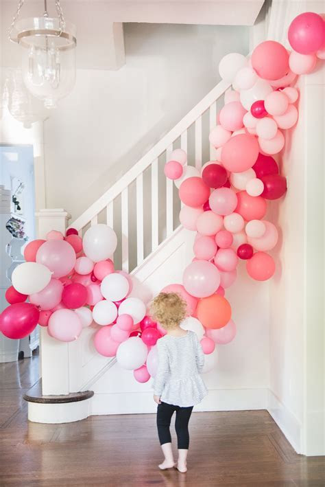 Easy DIY Balloon Arch Tutorial (Without chicken wire