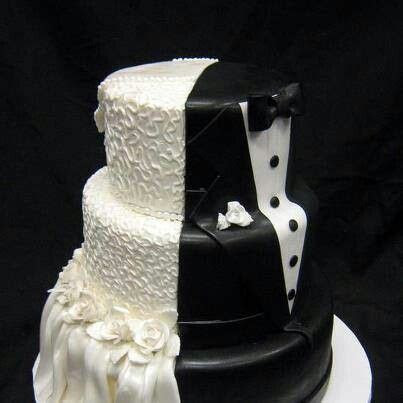 Best 25  Unique wedding cakes ideas on Pinterest   Outdoor